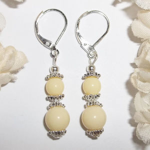 Light Yellow and Silver Beaded Earrings NWT 4681